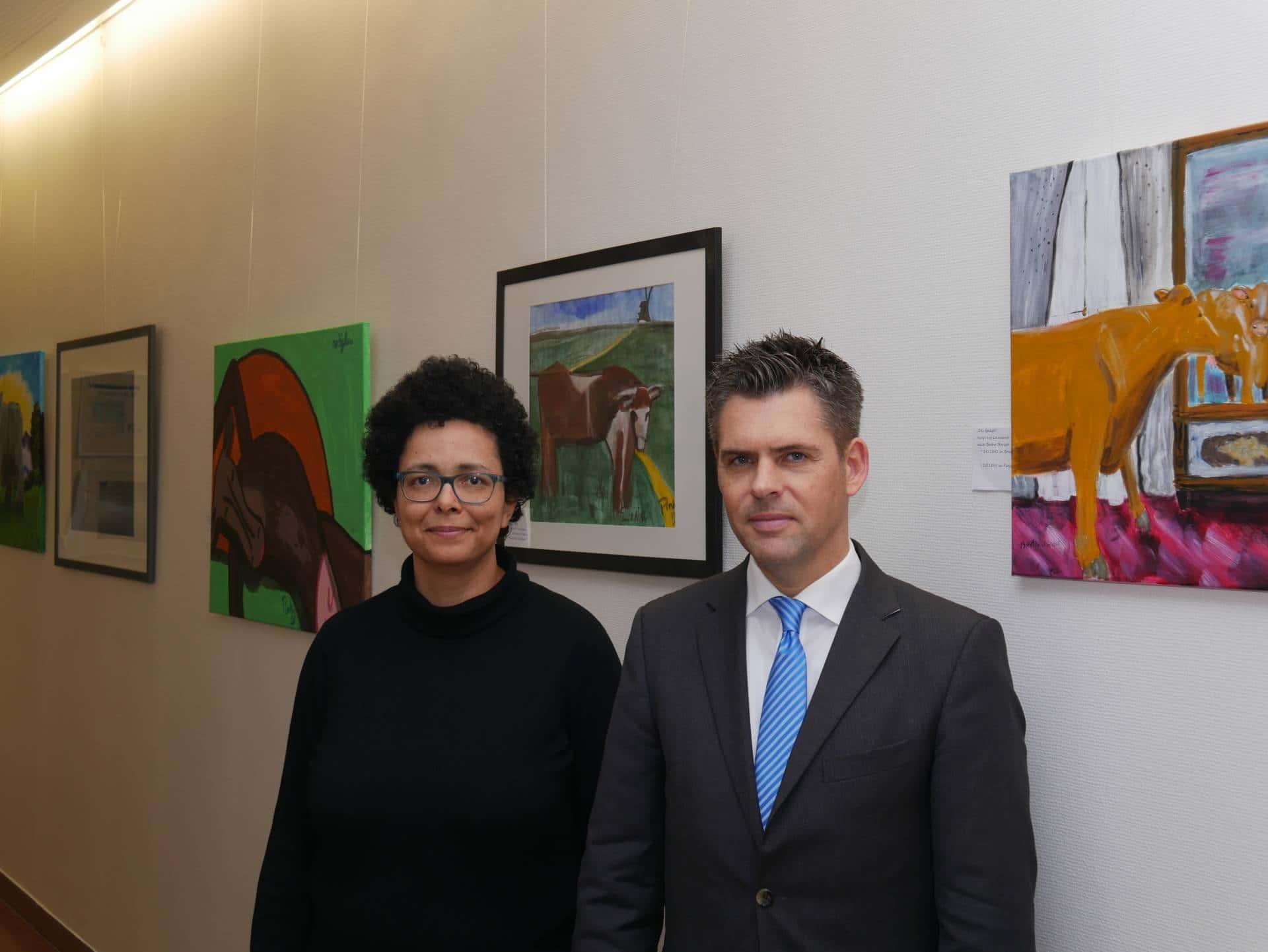 Christophorus-Kliniken laden zur Ausstellung nach Coesfeld mit Kuhbildern ein