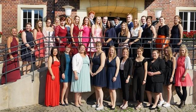 Christophorus-Kliniken Schule fuer Gesundheitsberufe Examen 2018 31 Absolventen