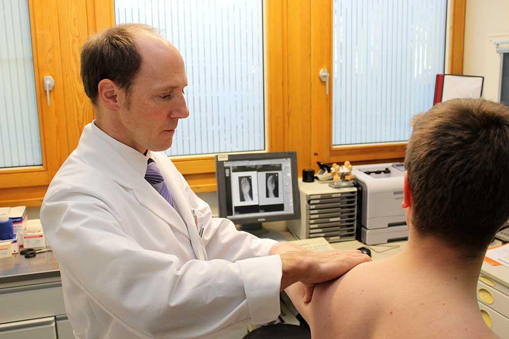 Wenn die Schulter schmerzt ... Ursachen und Behandlungsmöglichkeiten