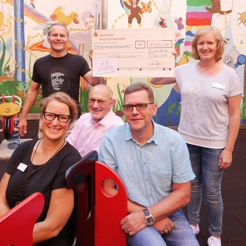 Christophorus-Kliniken Verein BillerbeckLebendig spendet Klinikclown 1.500 Euro
