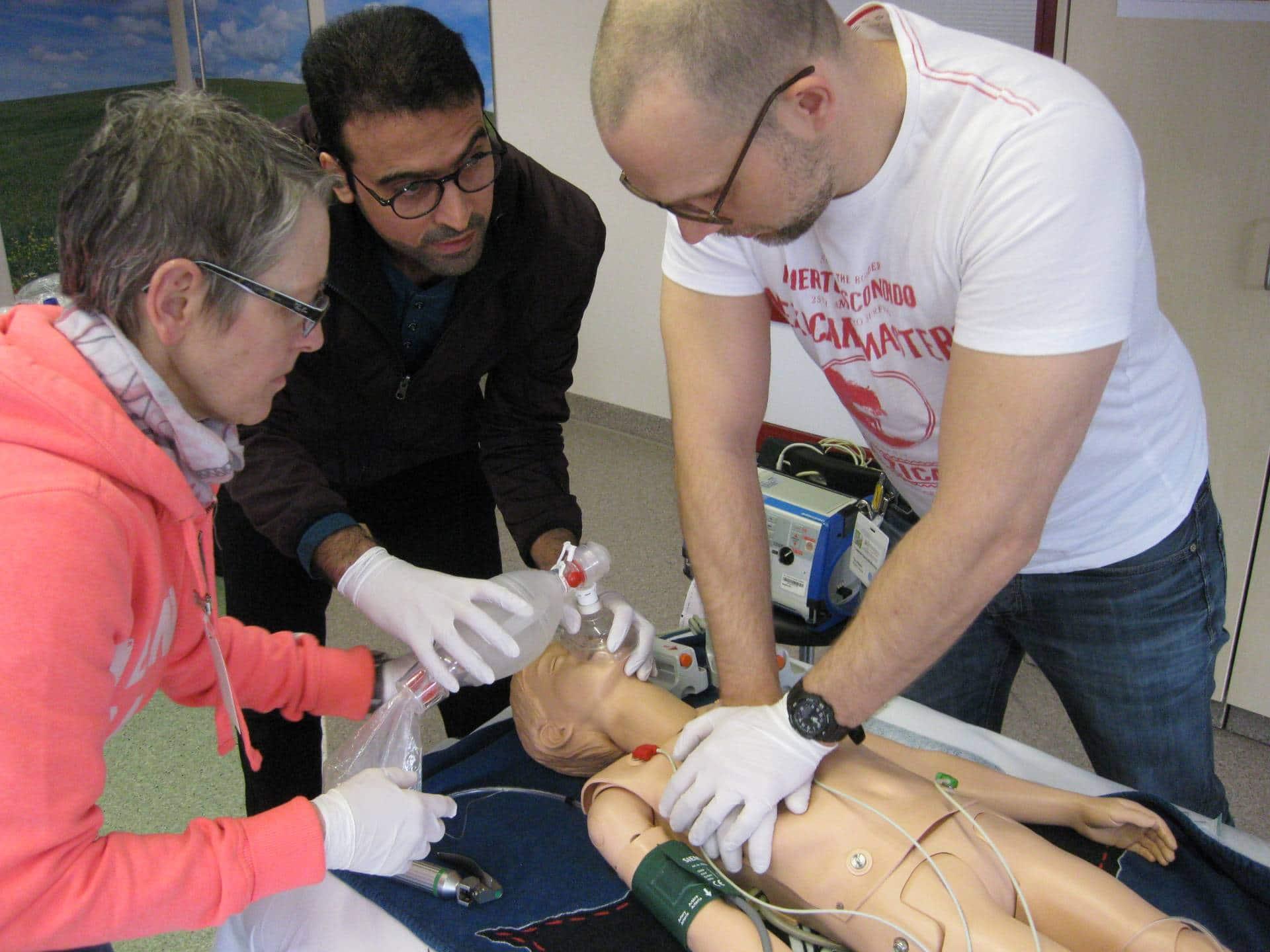 Christophorus-Kliniken Klinik fuer Anaethesie und operative Intensivmedizin Kindernotfall-Workshop