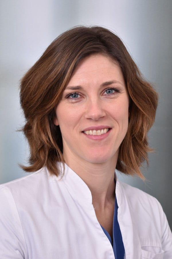Drs. (NL) Minke Barendse-Hofmann