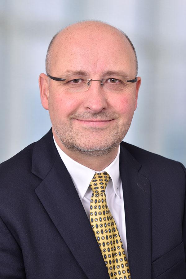Dietmar HülshegerAbteilungsleiterTel. 02541 89-14223E-Mail: patientenservice@christophorus-kliniken.de